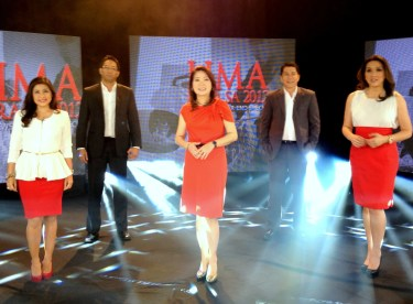 Lima Para sa 2012 led by the five pillars of NEWS5 (from left to right) Cherie Mercado, Paolo Bediones, Luchi Cruz Valdes, Erwin Tulfo and Cheryl Cosim