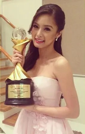 Kim Chiu hailed as Best TV Drama Actress_photo from Kim's official Instagram account