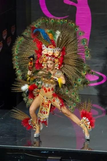 Miss Universe Nicaragua 2013 Nastassja Bolívar won Best in National Costume