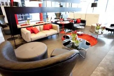 Tune Hotel Melbourne - lobby