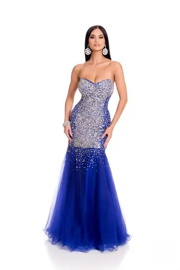 Pia in Evening Gown