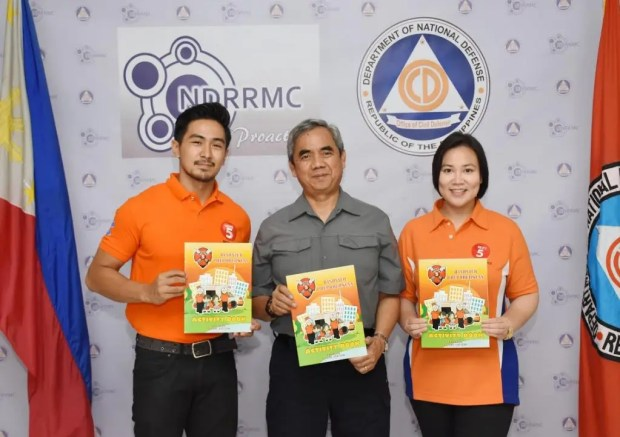 NDRRMC Executive Director Alexander Pama with Rescue 5 Host Renz Ongkiko and TV5 Public Service Head Sherryl Yao
