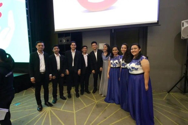 Members of the Adamson Chorale performed yuletide songs for guests of Alagang Kapatid Foundation Inc.'s Thanksgiving party for sponsors and supporters.