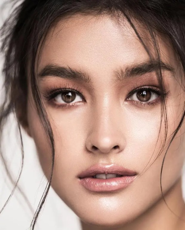 Liza Soberano Of The Philippines Named Most Beautiful Woman In The World For The -4959