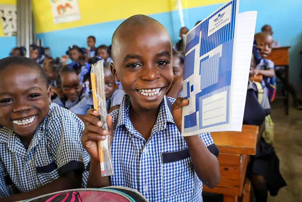 skolmaterial-haiti-rigaud