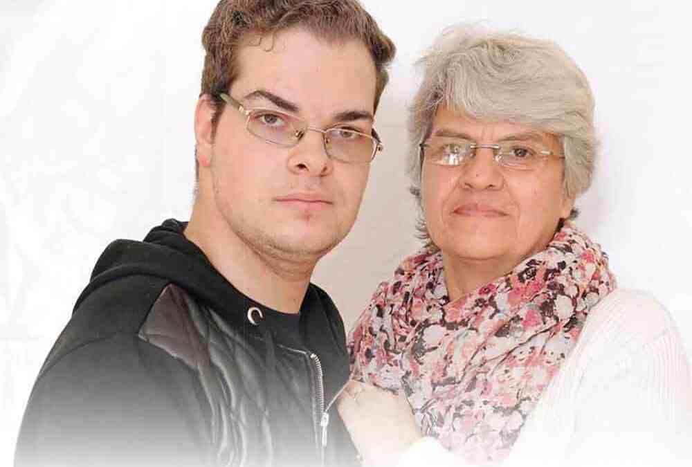 Elena fann sin livsuppgift – och sin son