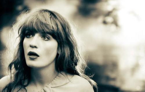 """HOW BIG HOW BLUE HOW BEAUTIFUL"", il nuovo album di FLORENCE + THE MACHINE"