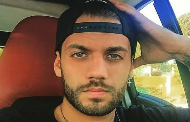 Gianmarco Valenza nel video di Surfa