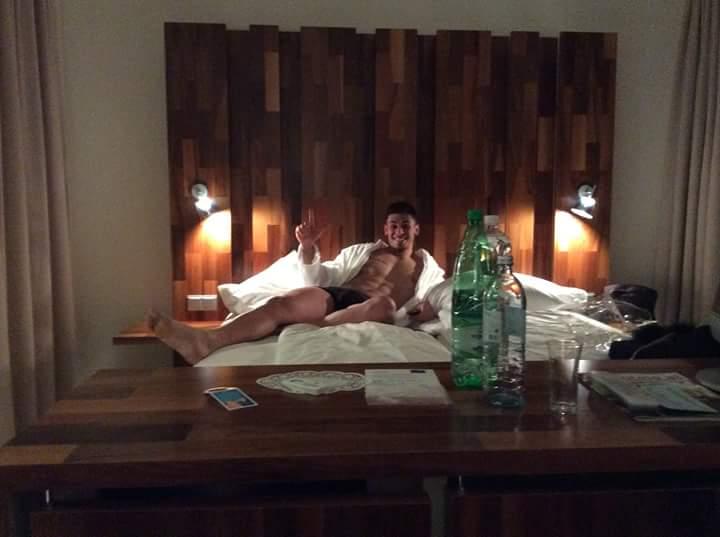 Copertina: il modello Sonny Colussi