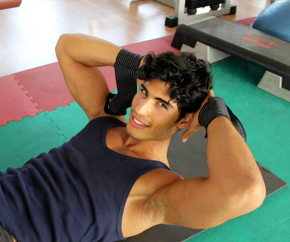 Copertina: il fitnes model e personal trainer Fabio Marra