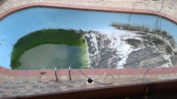 Pool nearly empty from roof of kitchen_1_sm