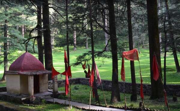 Koti Kanasar Shiv Temple