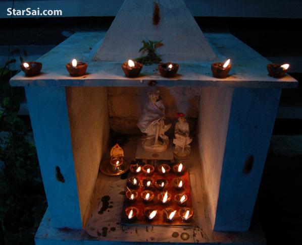 Shirdi Sai baba temple lit with divine Karthigai Lamps