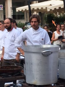 chef-stellati-veneto-in-piazza-per-amatrice_3