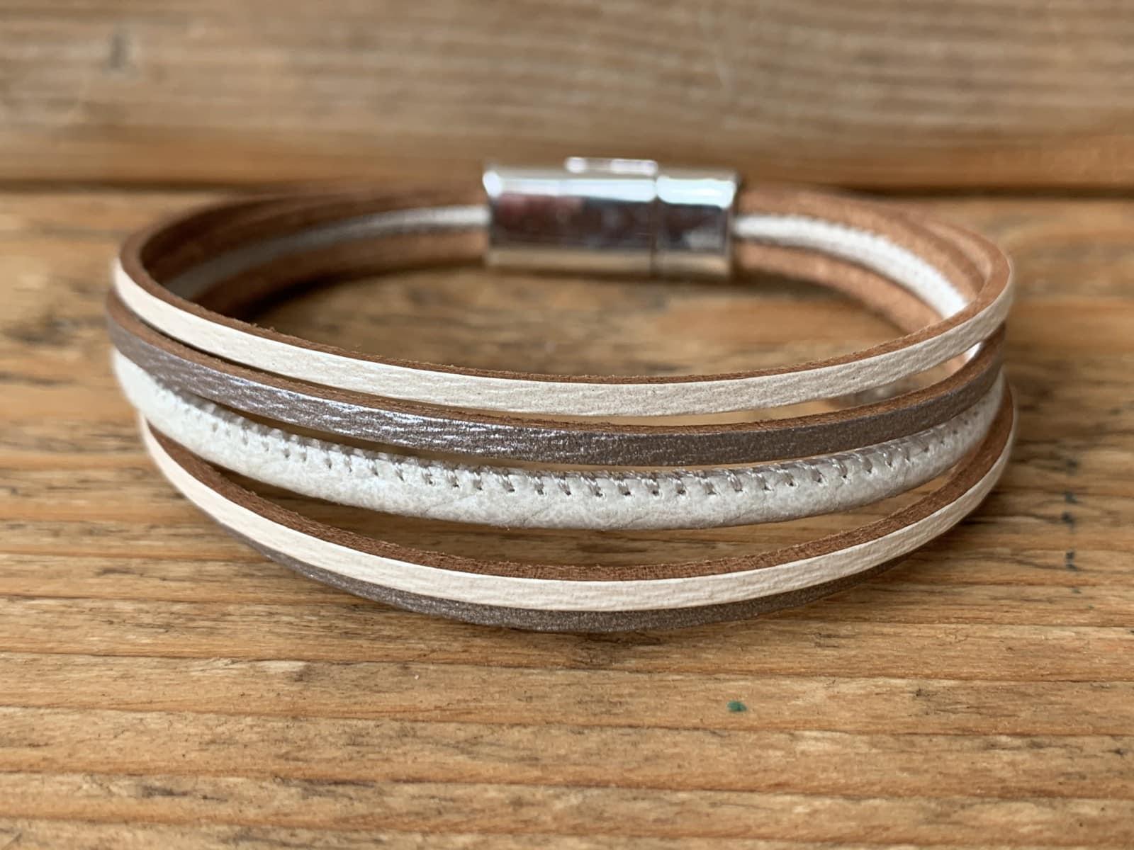 Wit/grijze leren armband