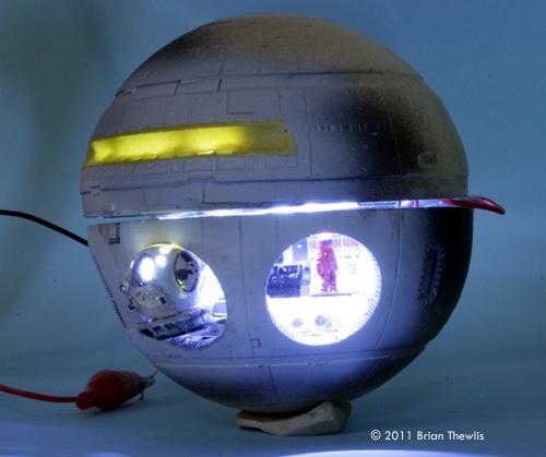 Starship Modeler - Stargazer Models' 2001 Discovery