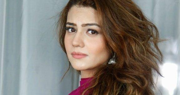 Zara Noor Abbas Height