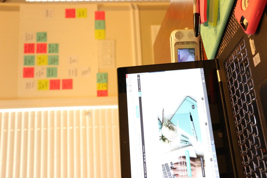 Post-it Notes Organize and Schedule my Life with Post it notes - Super Simple Hack!