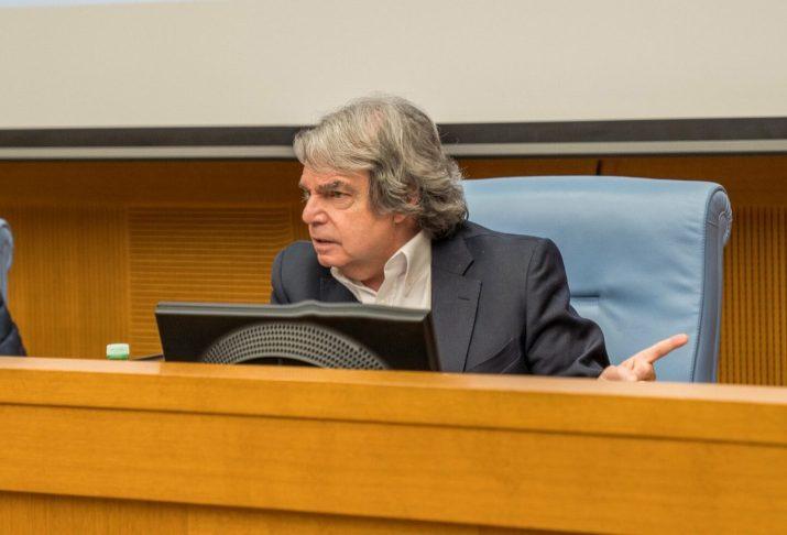 Monsieur le Ministre Brunetta, qu'en est-il du renouvellement des contrats de gestion publique ?