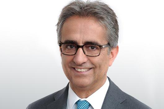 Карло Серами, который является юристом правления CDP благодаря Gualtieri