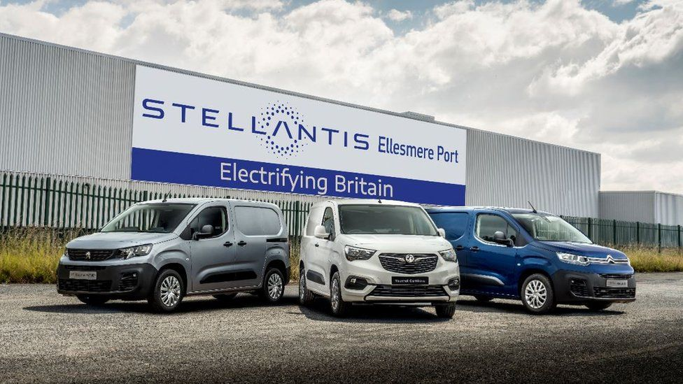Stellantis 和 Elkann 在英國通電,約翰遜慶祝