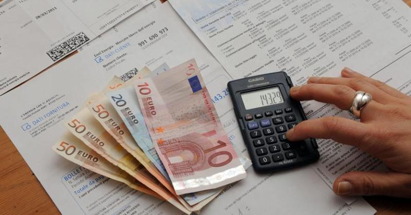 Electricity and gas bills, because there are sparks on the relaunch decree