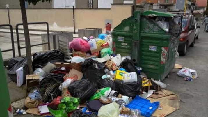 Verbrennt sich die Regierung mit Abfällen?
