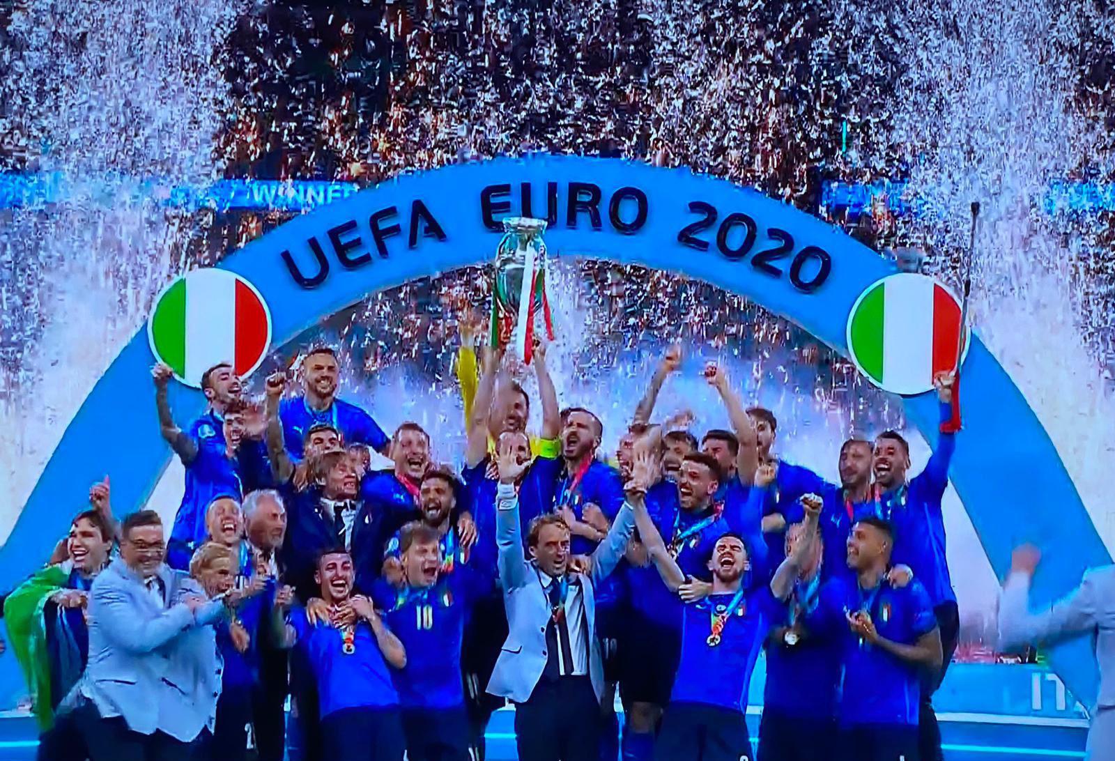 奪得歐錦賽冠軍的意大利國足口袋裡的賬:獎金和薪水
