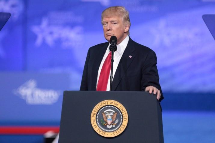 Todas las tensiones Trump-Pelosi por el nuevo paquete anticrisis
