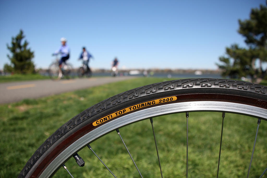 Biking-to-Work-Hybrid-Bike-Tire-or-City-Tire