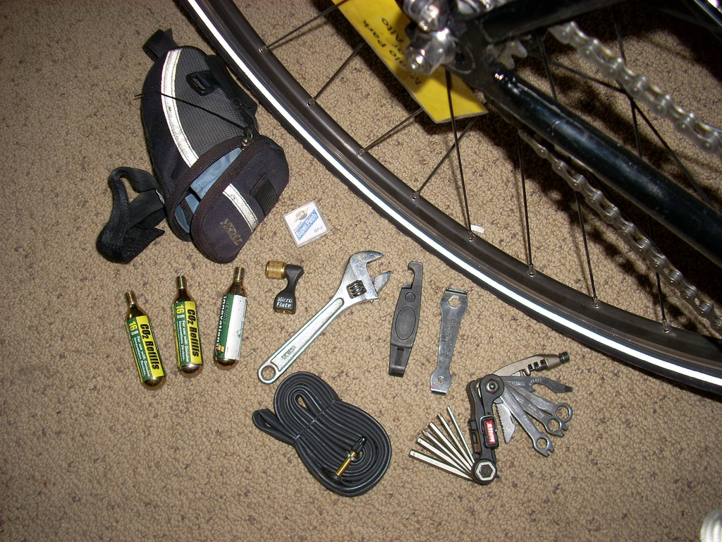 Biking-to-Work-Repair-Kit