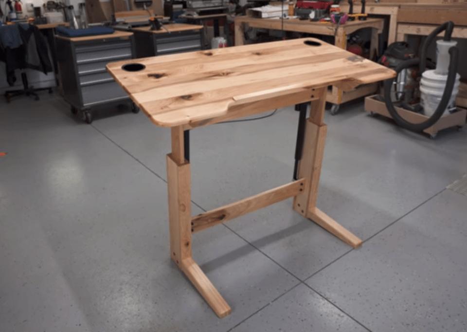 Engineer Your Own Hardwood Standing Desk - Guide to DIY standing desks