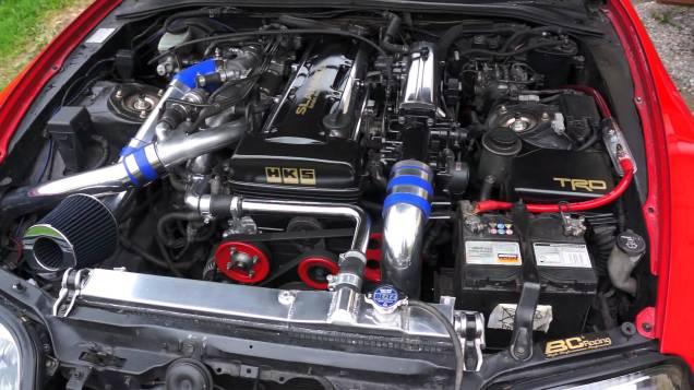 Toyota 2JZ-GTE v prevedí TWIN TURBO v Toyote Supra