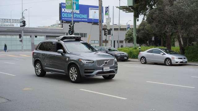 Autonómne autá