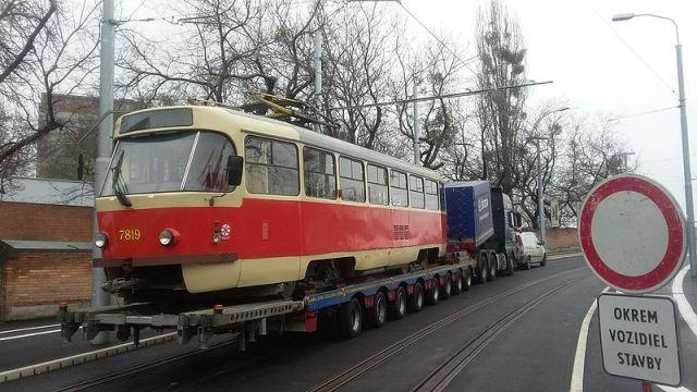 Električky premávajú po Bratislave už 125 rokov, verili by ste tomu?