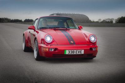 Porsche 964 Restomod má 500 koní, no pod kapotou ukrýva prekvapenie