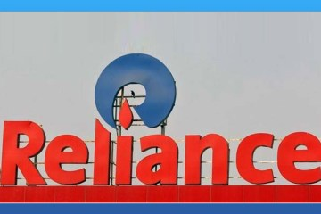 Reliance Industries Acquires Balaji Telefilms,Reliance Industries Limited,Balaji Telefilms,Startup Stories,2017 Latest Business News,Mukesh Ambani,Balaji Telefilms Chairman Jeetendra Kapoor