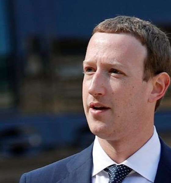 Life Lessons To Learn From Mark Zuckerberg,Success Lessons from Mark Zuckerberg,Featured,Life lessons from Mark Zuckerberg,Mark Zuckerberg Latest News,Mark Zuckerberg Success Story,startup stories, startup news India,Inspirational Stories 2018,Facebook CEO Mark Zuckerberg