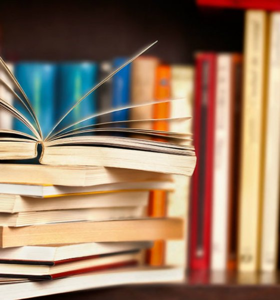 7 Books To Change Your Life,Startup Stories,Latest Startup News India,Best Motivational Stories 2018,Life Changing Books,Best Books About Life,Inspirational Books To Change Your Life,Books About Life Lessons,Top 7 Life Changing Books,Most Useful Books for Life,Best Seven Books
