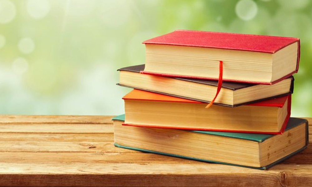 Four Books About Finance, 4 Books Every Young Entrepreneur,Startup Stories,2019 Latest Business News,2019 Entrepreneur Books,Best Entrepreneur Books of 2019,Entrepreneur Business Books,Latest Entrepreneur Books,Must Read Books Entrepreneur About Finance, startup stories, Top 5 Finance Books