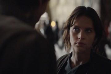 Cassian lijkt in eerste instantie geen deel uit te maken van Jyn's missie, hij biedt haar hier zijn hulp aan waarna ze in een U-Wing lijken te vertrekken.