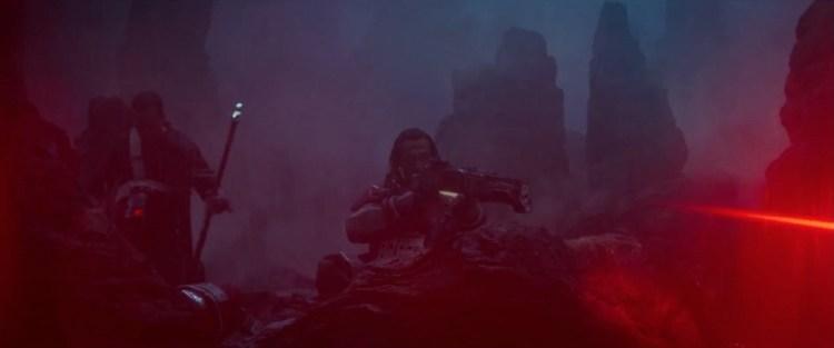 Baze has a Big Gun. En hij demonstreert gelijk dat hij weet hoe hij er mee om moet gaan.
