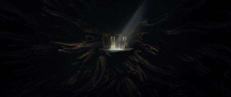 Vervolgens krijgen we een shot van en aantal oude boeken die op een plank lijken te staan die omringd is door boomwortels. Is dit de boom die we op Ahch-To hebben zien staan? Gebruikt Luke hem als boekenkast?