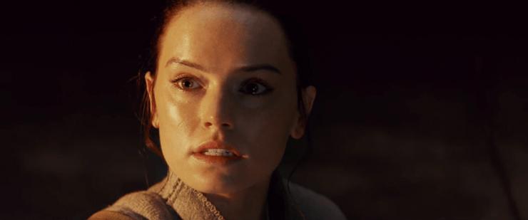 Vervolgens zien we Rey zeggen dat ze iemand nodig heeft die haar laat zien wat haar plaats is.