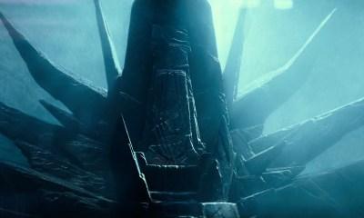 En dan een kippenvel moment als we een troon zien die erg doet denken aan die van Palpatine op de Deathstar terwijl Emperor Palpatine in voice over zegt dat hij lang gewacht heeft. Deze troon is gebaseerd op een vroege schets van Ralph McQuarrie.