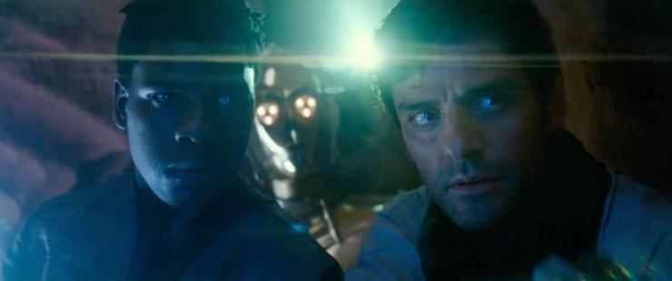 Een sfeervol shot van Finn, Poe en 3PO