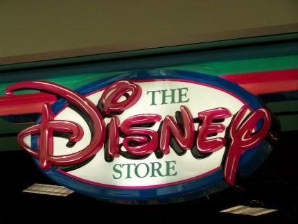 disney-store2