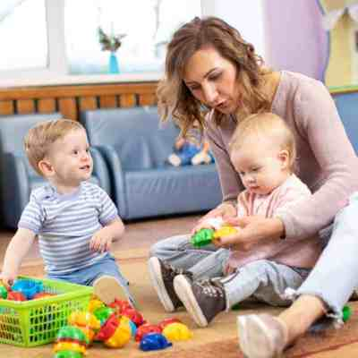 Earn money as a stay at home mom by setting up a day care