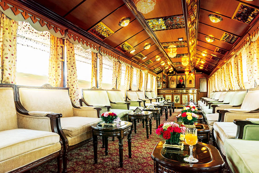 palace-on-wheels-Train