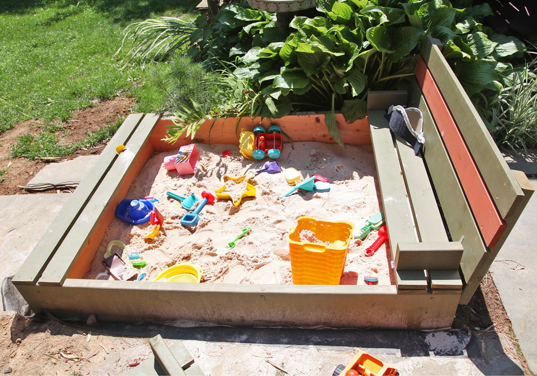Diy Sandbox With Lid Amp Benches Stately Kitsch
